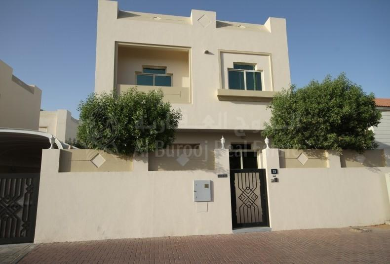 3BR Corner Villa in Al Badaa close to Al Wasl Park