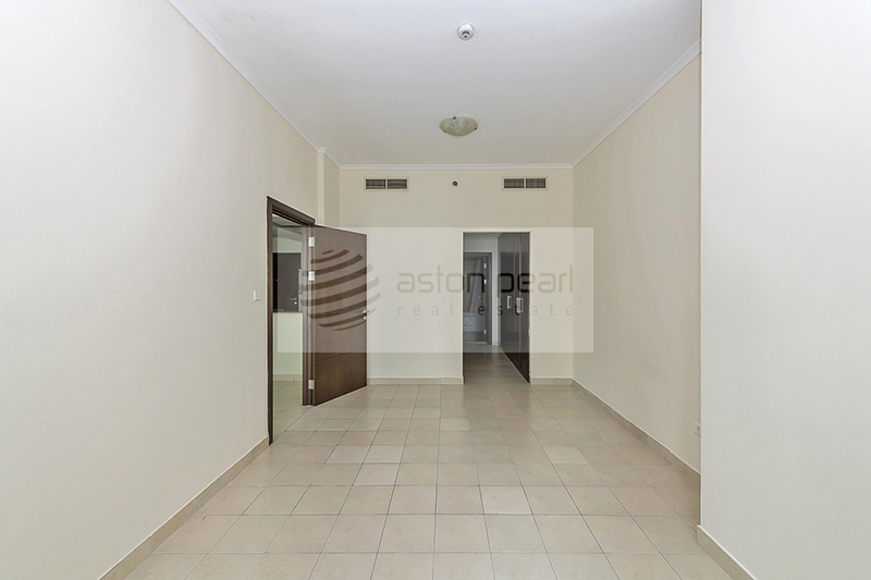 Cheapest on the Market Large 1BR with Balcony