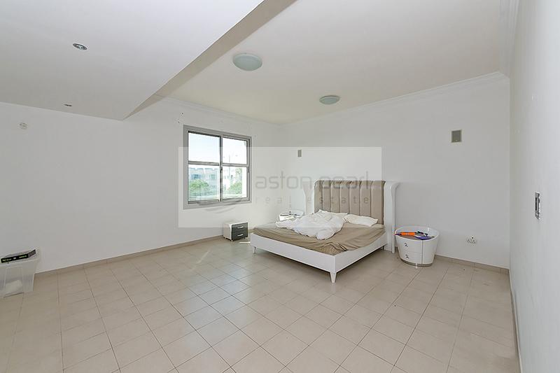 4 BR + Maid + Driver's Room |FALCON CITY