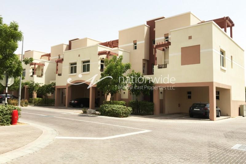 1 Beds Terraced Apartmentfor Rent in Breeze , Al Ghadeer