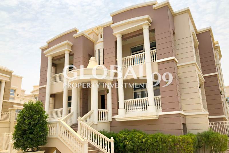 5-brm-family-home-in-a-great-location-w-pool