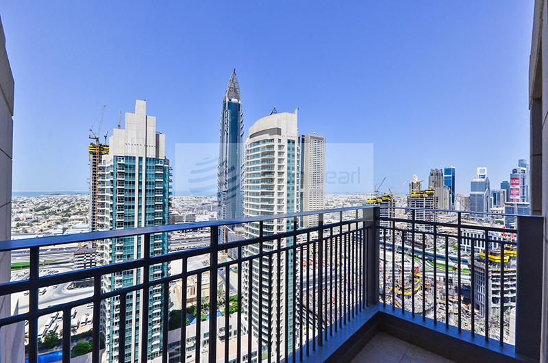 Vacant 2 BR+Study, High Floor, BLVD View