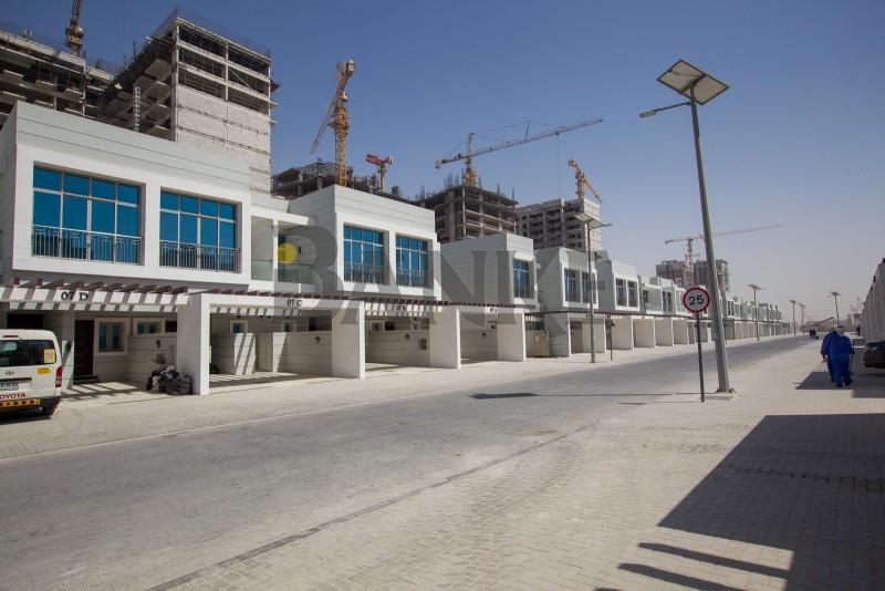 brand-new-townhouse-in-dreamz-by-danube-al-furjan