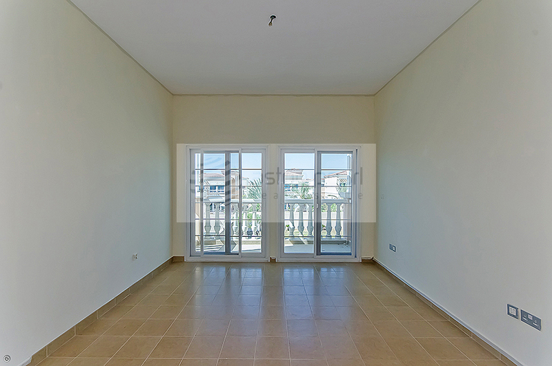 Corner 2 BR | Available now | For Sale !