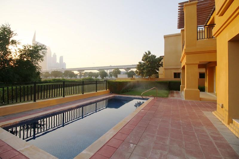 Stunning Villa in Emirates Golf Club