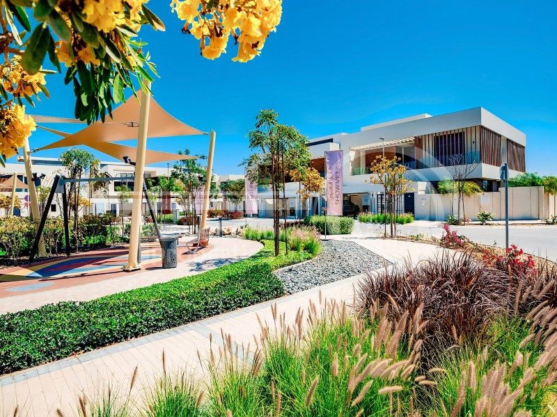 homey-and-spacious-villa-in-yascall-us