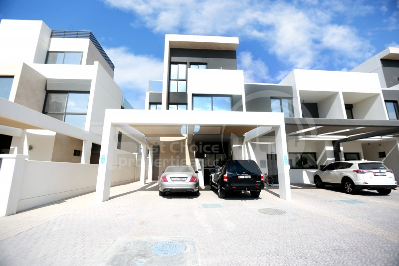 reduced-pricehomey-and-spacious-townhouse