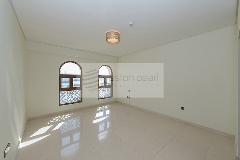 Palm and Sea Views | 2BR+Maid | 2 Parkings