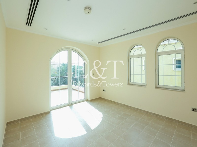 District 4 | Vacant to move in | 4 BR | JP