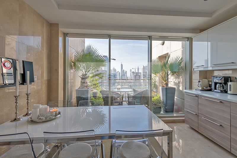 Upgraded |3 BR+Study+M| Canal/ Burj View