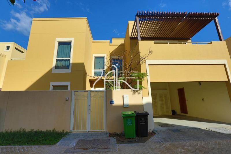 hot-price-vacant-4-br-villa-with-garden
