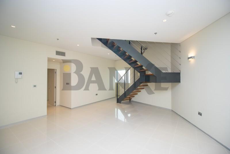 spacious-2-bed-duplex-along-szr-aed-110k