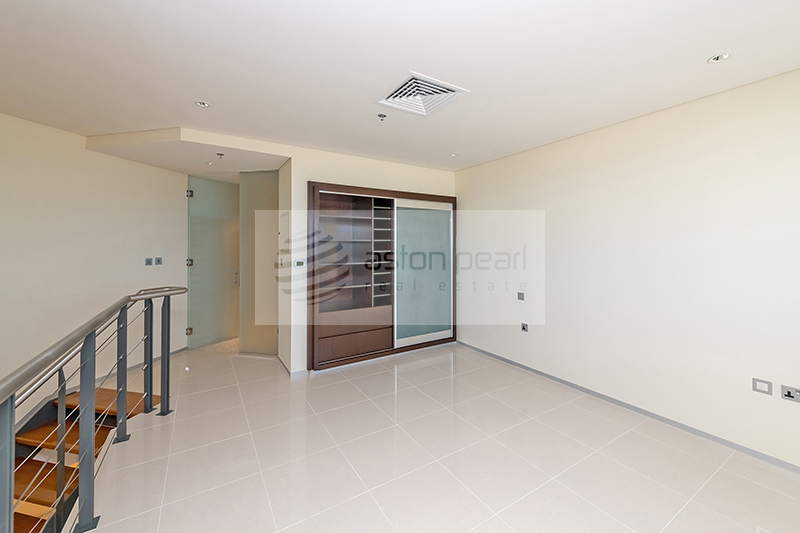 2 BR | One Month Free| Jumeirah and Sea view