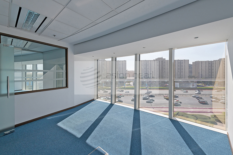 Fitted Office Ready to Use, Trade Center