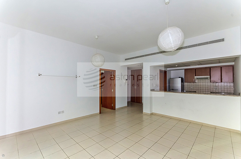 Well Maintained | 2 Bed | Community view