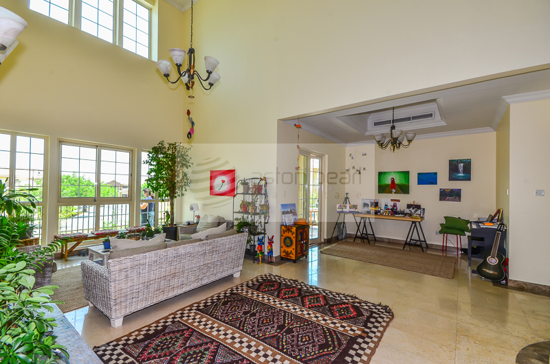 Lake View, Vacant, Very Well Maintained Villa