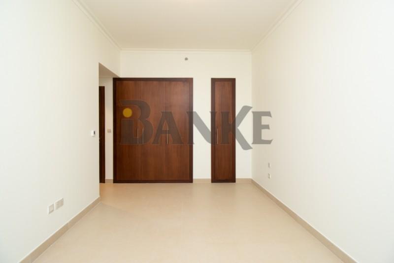 full-burj-khalifa-view-2-brstore-spacious