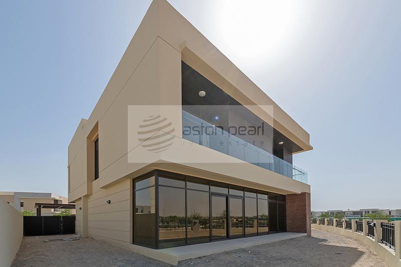 Brand New 5BR Villa | Huge Garden | Golf View