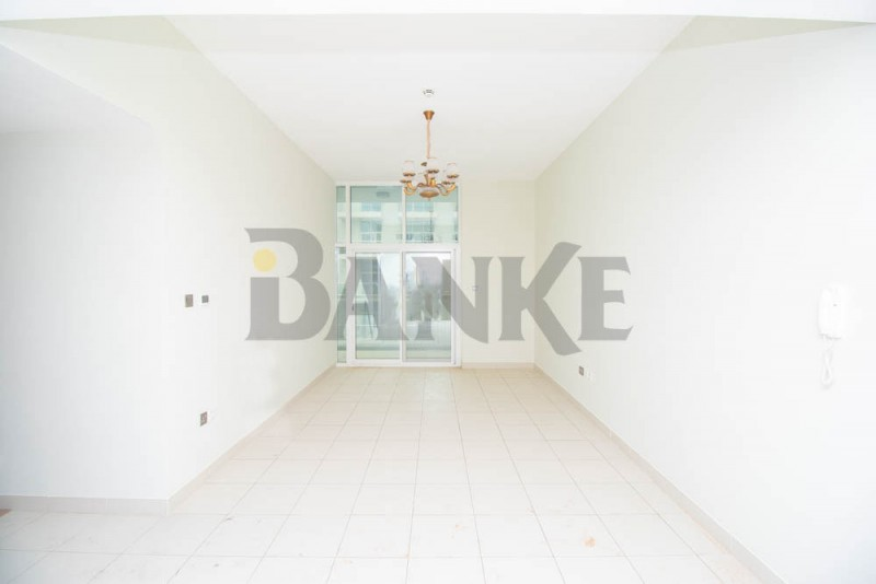 spacious-2bed-study-dubai-studio-city