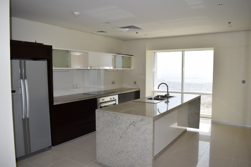 Large 2BR Duplex with 1 Mon Free, Full Sea View