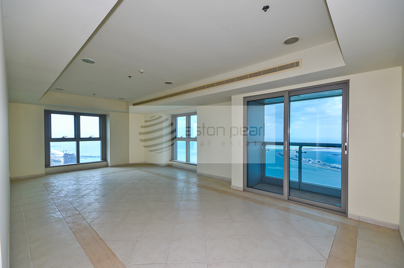 Spacious 3BR Apartment with Full Sea View