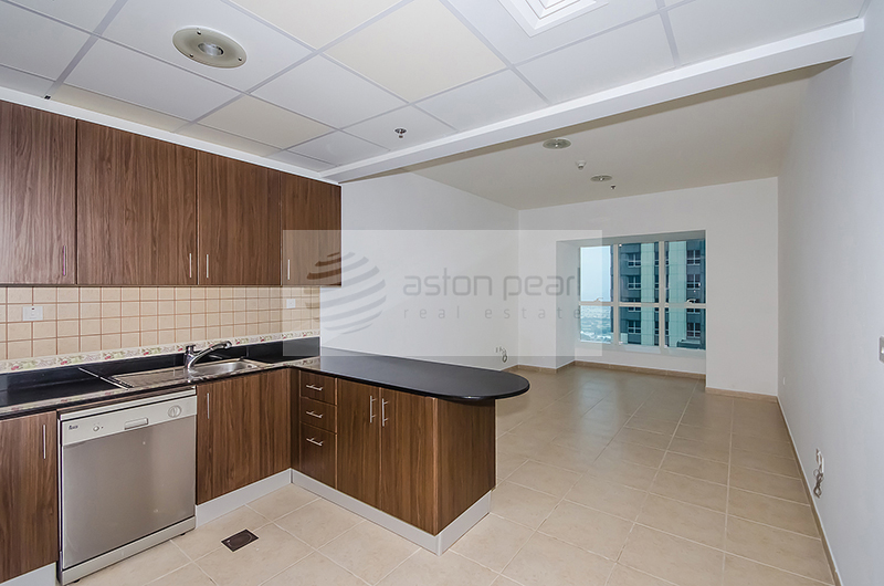 1 BR - Fully Fitted Kitchen- Marina View