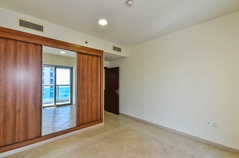 Vacant Now! Unfurnished 1BR - High Floor