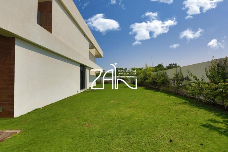 brand-new-5br-villa-corner-in-great-location