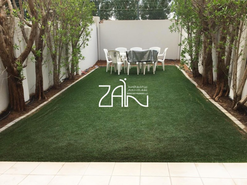 single-row-2-br-with-extended-landscaped-garden