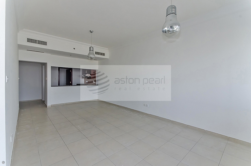On High Floor, Beautiful 1 Bedroom , Ready To Move