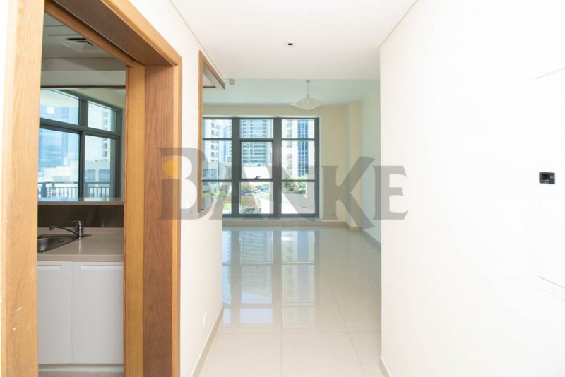 excellent-location-1-br-study-in-downtown