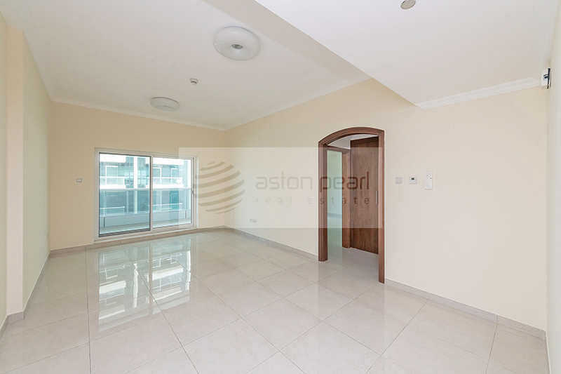 1BR w/ Closed Kitchen, Balcony, Partial Lake view.