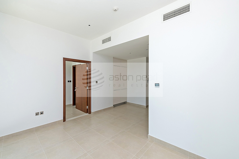 Brand new apartment, Ultra modern, Chiller free