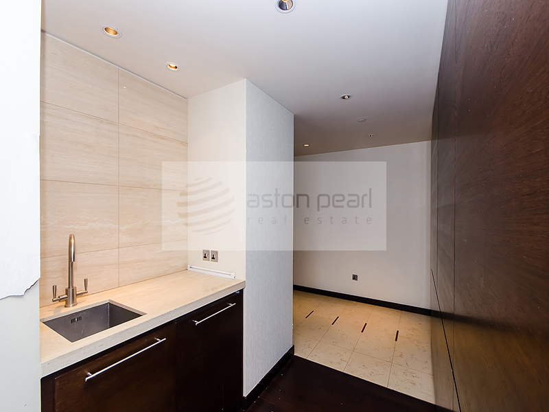 Ready Unit, Bright 2BR BEST Fountain View