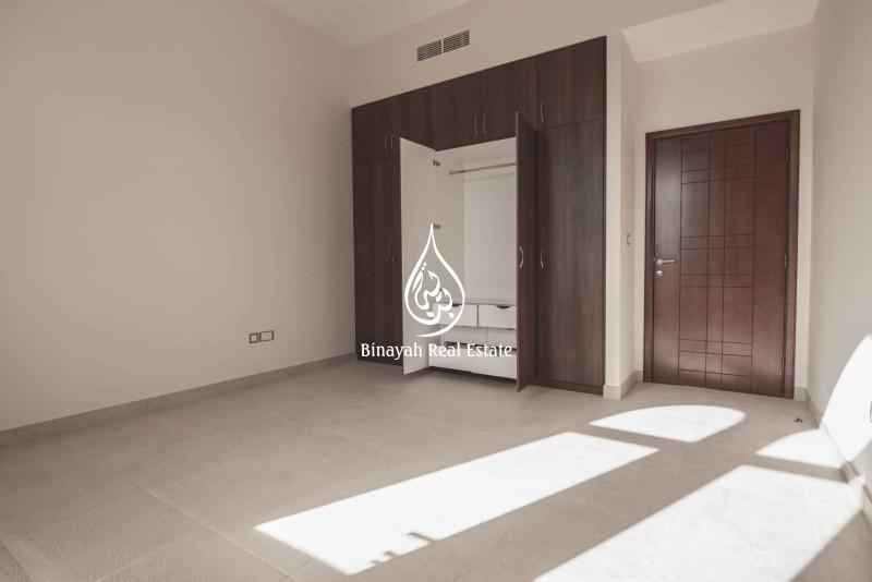 Hot Deal   Upgraded Villa   155k in 1chq