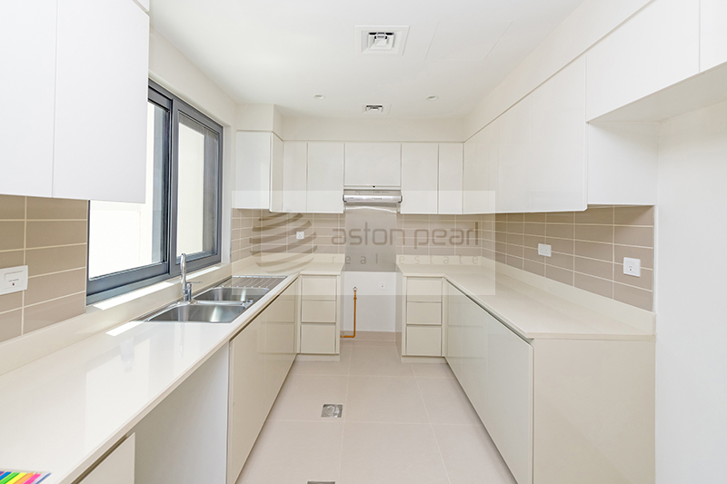 Spacious 3BR Villa   MAPLE   Unfurnished