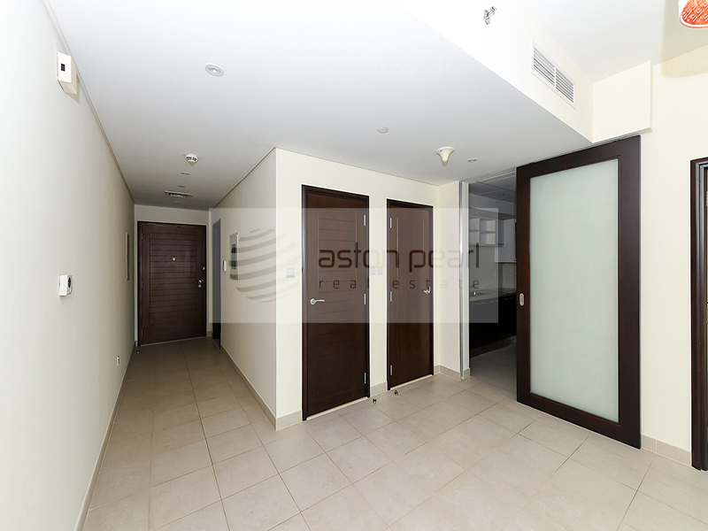 NICE  View| Spacious 2 BR | Vacant | BLVD CRESCENT