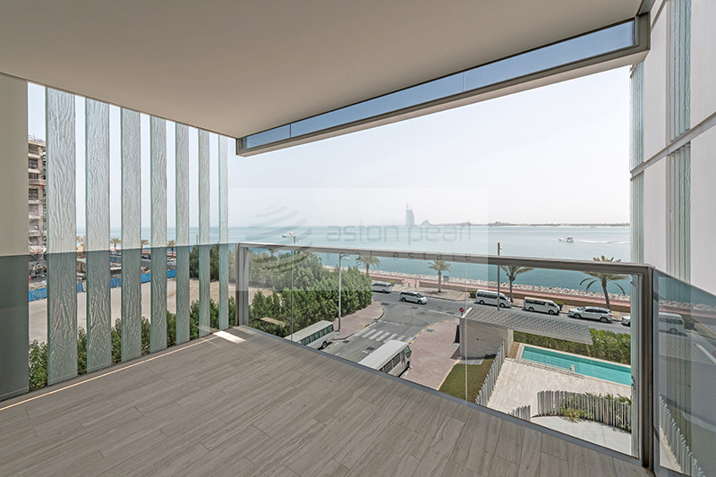 Ready Title Deed   Furnished   3 Bed   Sea View