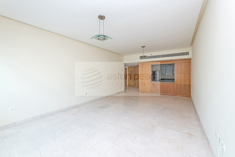 Hot Deal! Very Spacious 1BR Apt, Vacant Now!