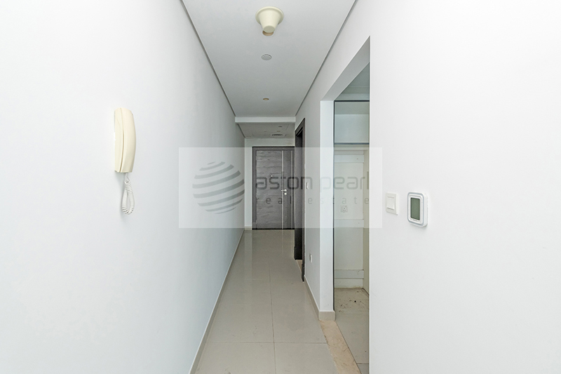 On High Floor | 1BR | SZR View | Ready to Move in