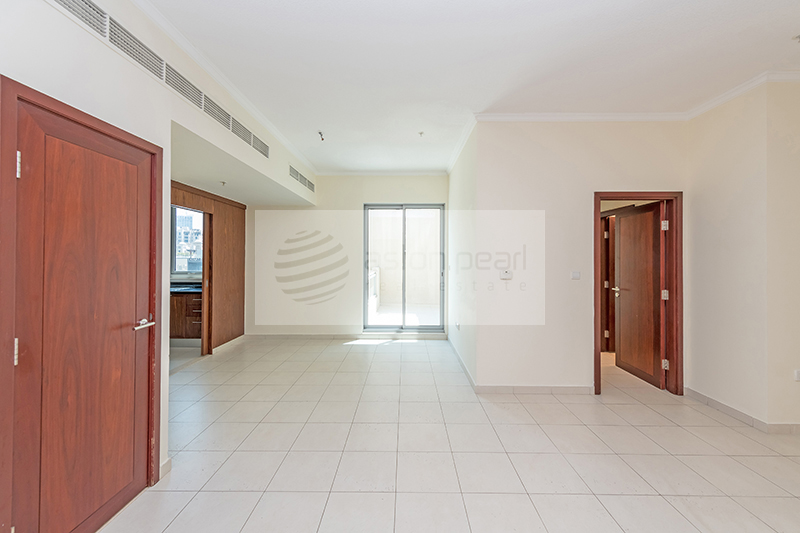 Vacant, Beautiful, Large 1BR, Panoramic View