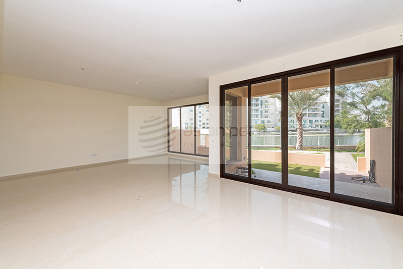 Vacant, 4BR+Maid Townhouse,  Jumeirah Islands
