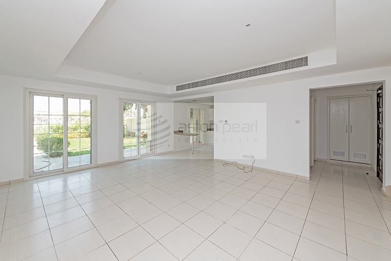 Vacant Soon | Opposite Pool and Park | Type 3M