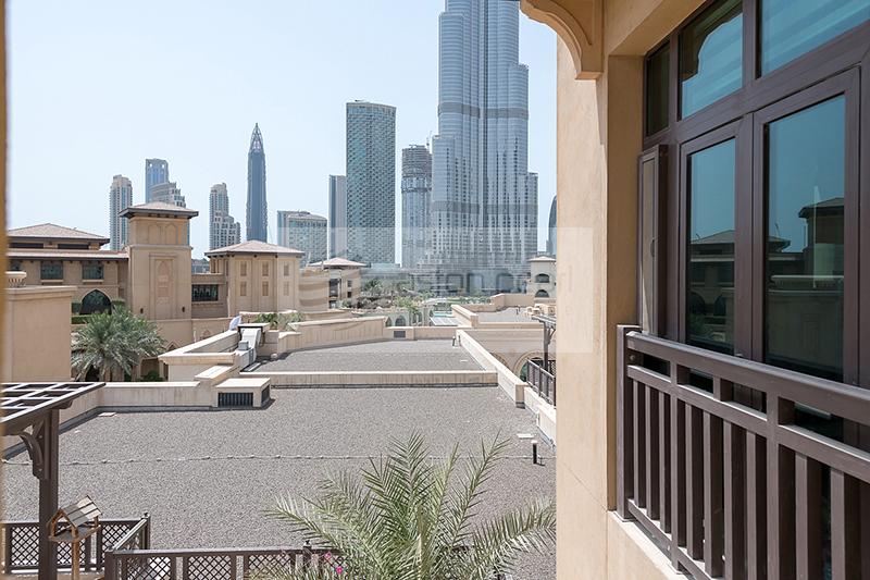 VOT/Open View Spacious Beautiful 2B Al Tajer Residence