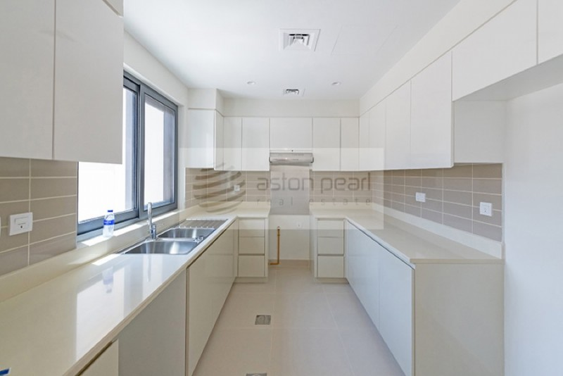 Spacious 4 BR+Maids | MAPLE at Dubai Hills Estate