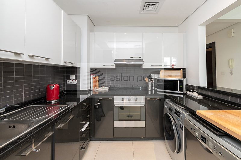 Furnished, Marina View, 3 BR+Maid, Next To Mall