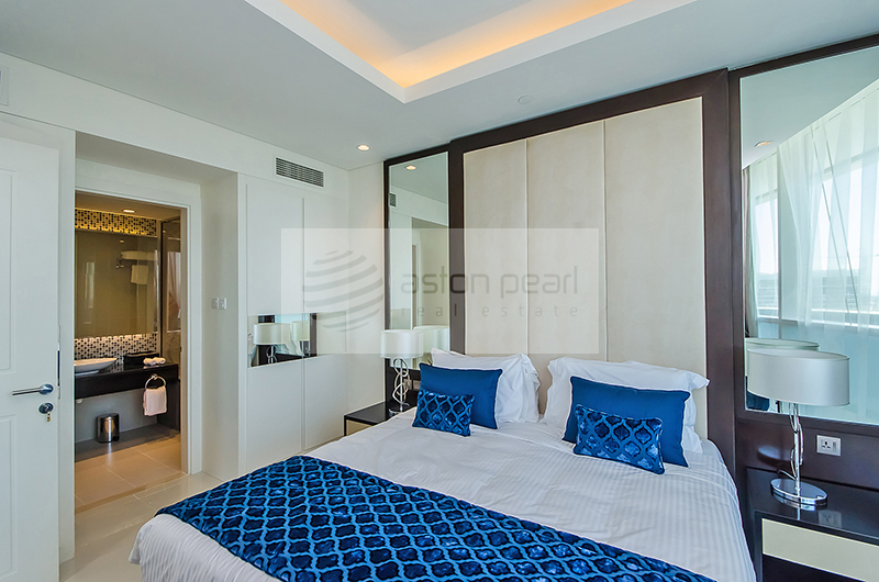 Fully Furnished 1BR Luxury Serviced Suite