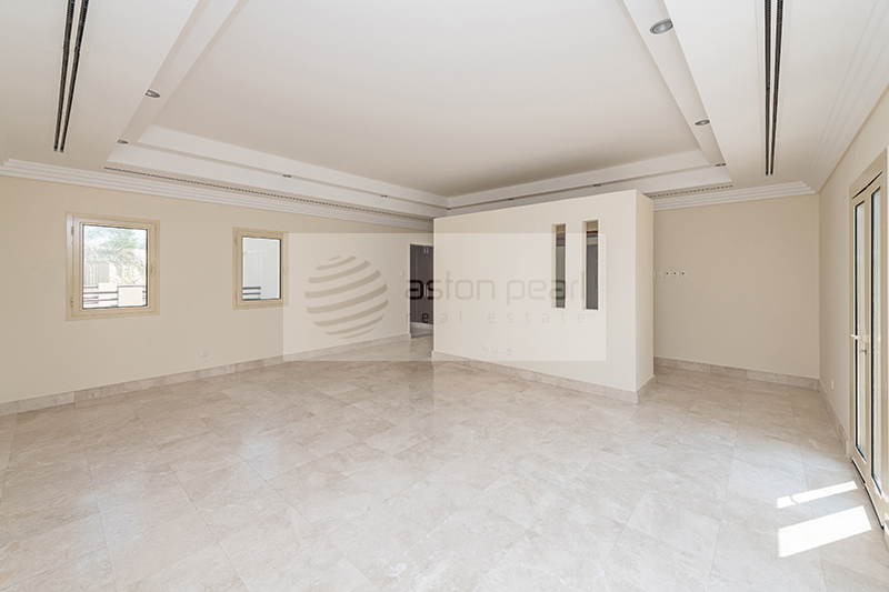 Luxury L1   Vacant   Lake View   Ready to Move