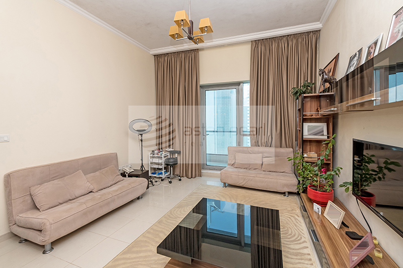 One Bedroom with Bigger Layout Available For Sale