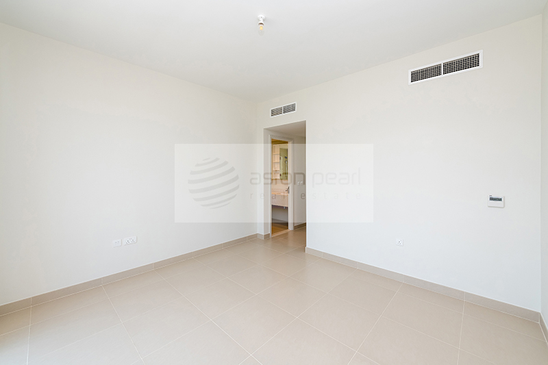 Spacious 3BR Villa | MAPLE | Unfurnished